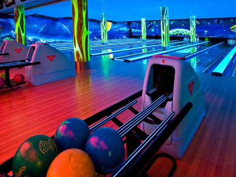 ¿Ya conoces Bowlopolis?